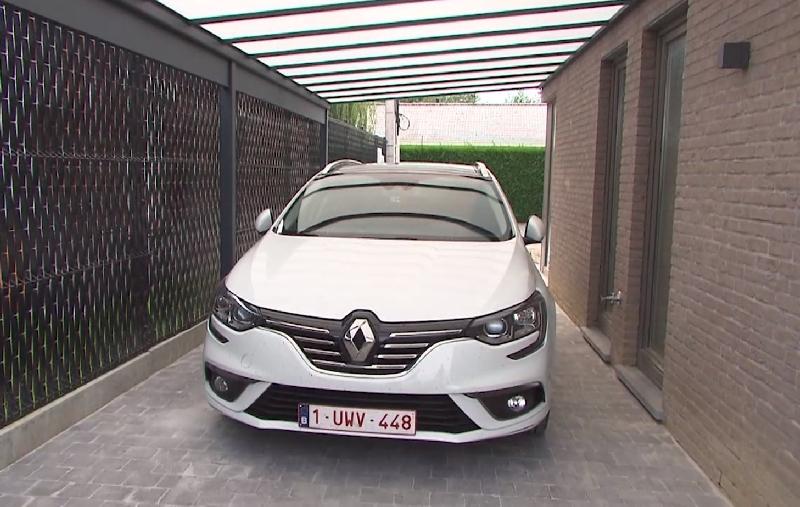 acd carport auto beschermd